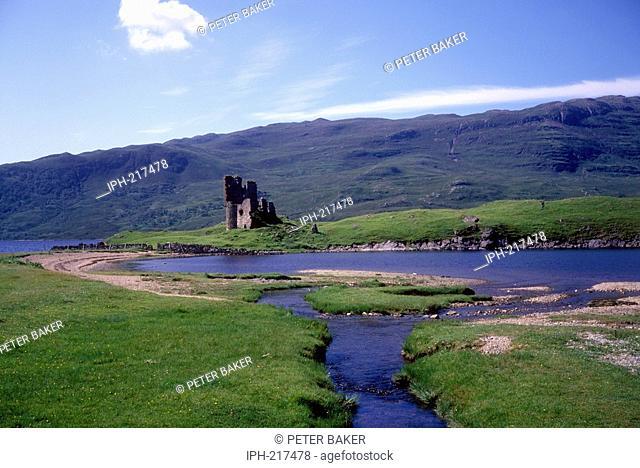 Ardureck Castle beside Loch Assynt