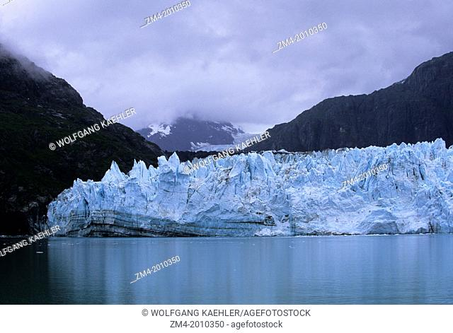 USA, ALASKA, GLACIER BAY NATIONAL PARK, VIEW OF MARGERIE GLACIER