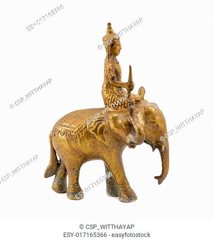 Three elephant Head Statue