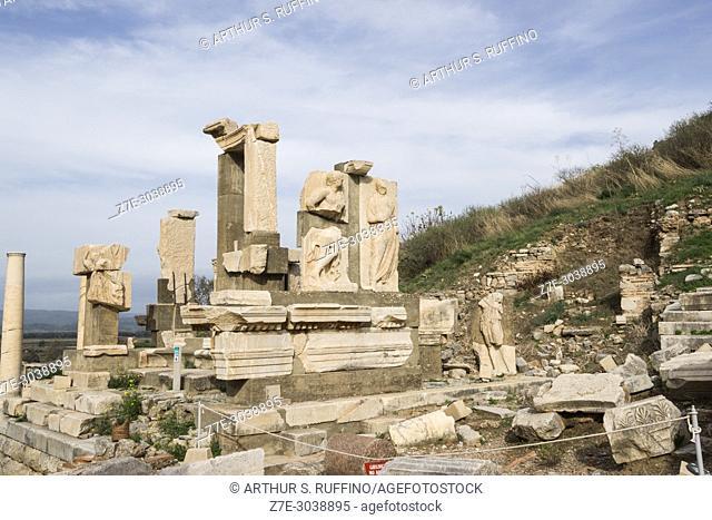 Memmius Monument. Ephesus, UNESCO World Heritage Site, Selçuk, Izmir Province, Ionia Region, Turkey, Eurasia