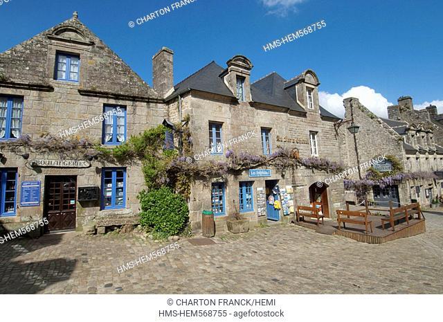 France, Finistere, Locronan, labelled Les plus Beaux Villages de France The Most Beautiful Villages of France