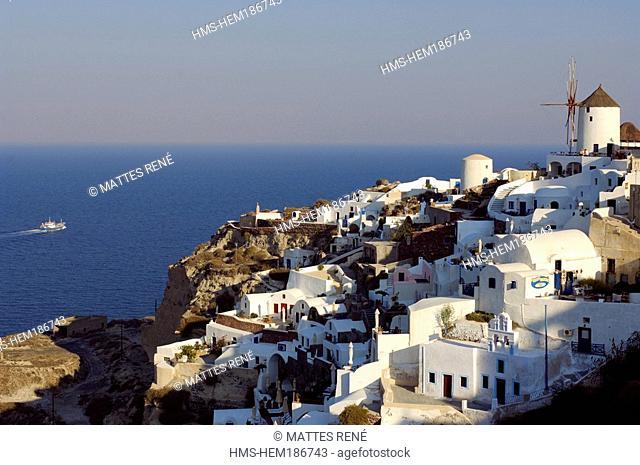 Greece, The Cyclades, Santorini island, Oia
