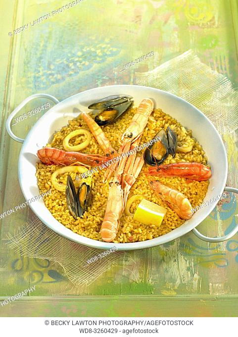 Paella de mariscos / Shellfish paella
