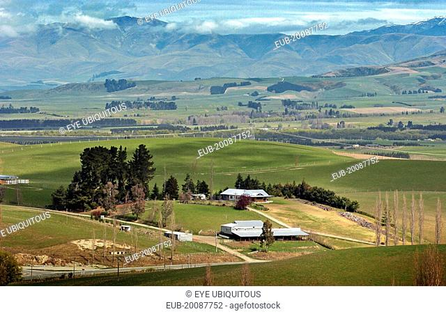 Canterbury, View West From Mount Micheal Across The Farmimg Plains Of Mackenzie Country From Route 79 Towards The Town Of Fairlie