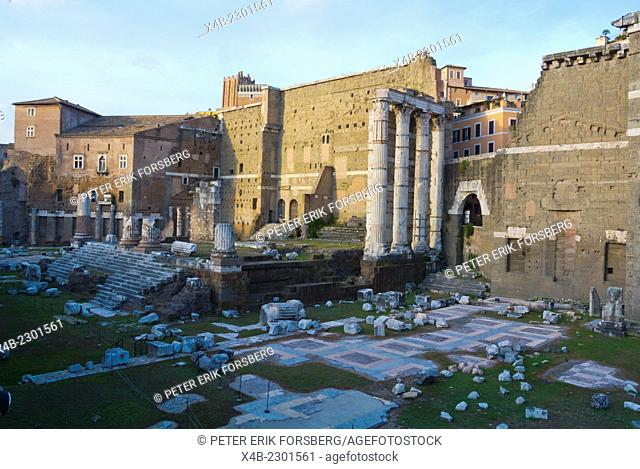 Temple of Mars Ultor, Foro di Augusto, Forum of Augustus, ancient Rome, Italy