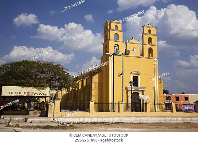 View to the Nuestra Senora De La Natividad Parroquia Church at the town center, Acanceh, Convent Route, Yucatan Province, Merida, Mexico, Central America