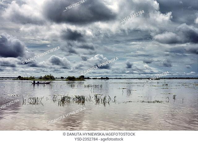 landscape of Tonle Sap largest freshwater lake in Southeast Asia, UNESCO biosphere, Siem Reap , Northern-central Cambodia, Southeast Asia