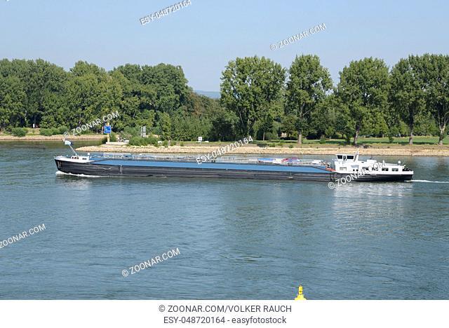 lastkahn, kahn, frachtschiff, schiff, Mainz,transport, fluss, stadt, rheinland-pfalz, deutschland, brd, transportschiff, ufer, flussufer