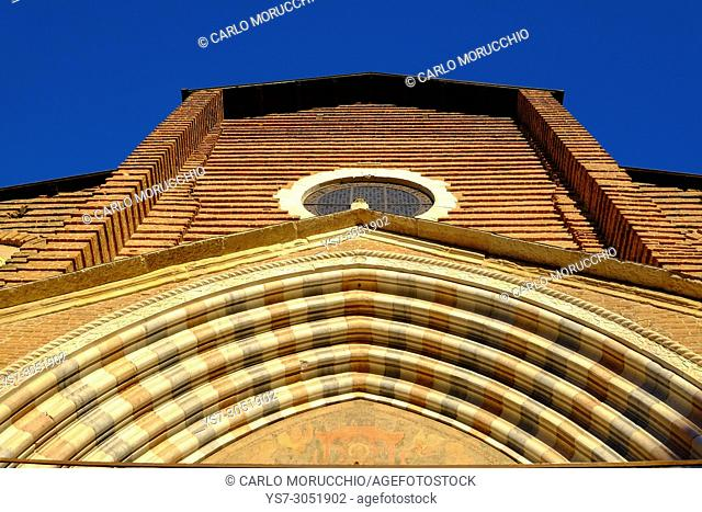 Sant'Anastasia church, Verona, Italy, Europe