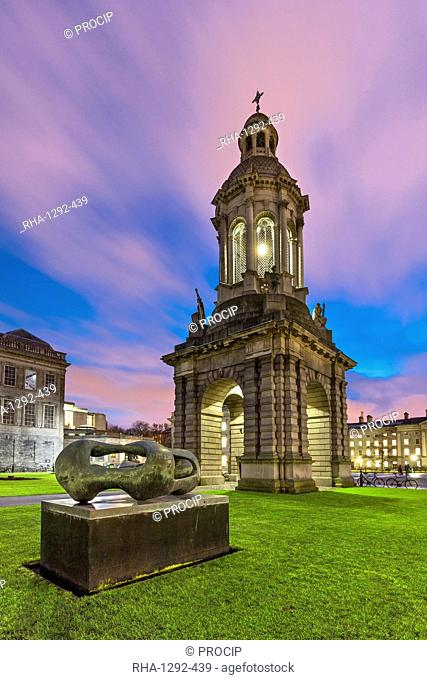 Henry Moore Reclining Connected Forms, 1969, bronze sculpture, Trinity College, Dublin, Republic of Ireland, Europe