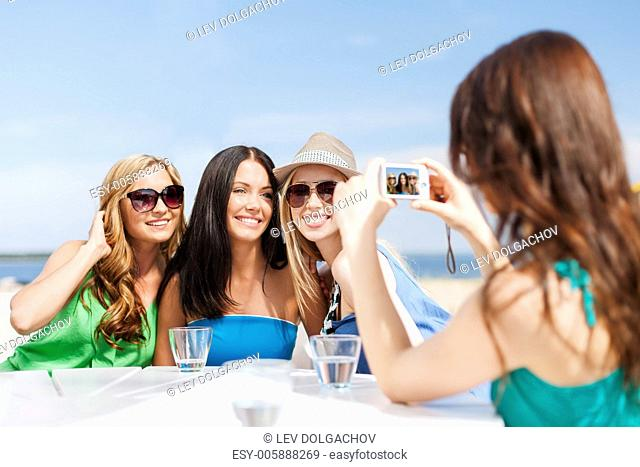Girl Breakfast Restaurant Stock Photos And Images Age
