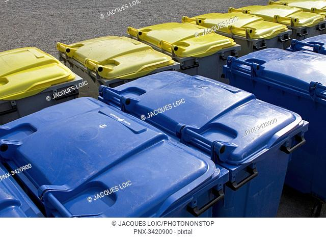 France, North-Western France, Nantes, dustbins, blue bins for the household refuse, yellow bins for the recyclable waste