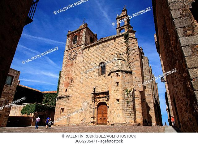 Church of San Mateo of Gothic style in the square San Mateo. Cáceres