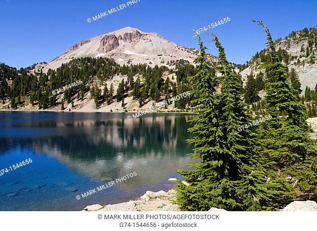 Lassen Peak from Lake Helen,Lassen Volcanic National Park, California, USA