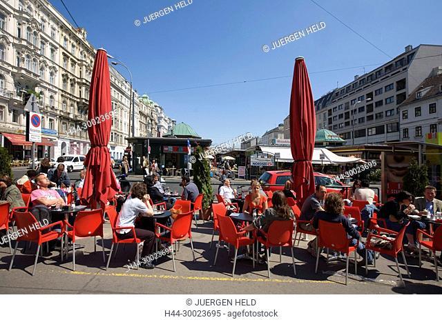 Vienna Naschmarkt street cafe