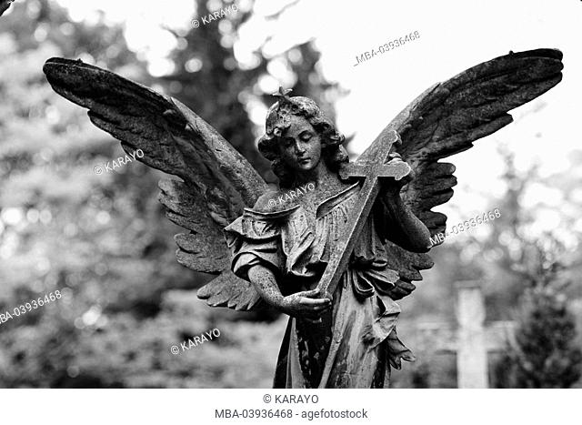 grave yard, grave, statue, angels, cross, s/w