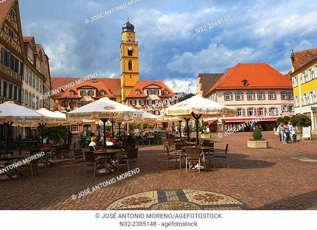 Bad Mergentheim, Market Square, St. John the Baptist Cathedral, Romantic Road, Romantische Strasse, Baden-Wuerttemberg; Germany; Europe