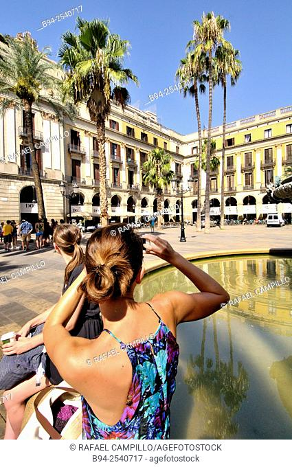 Plaça Reial, Plaza Real, 'Royal Plaza' square in the Barri Gòtic of Barcelona, Catalonia, Spain. It lies next to La Rambla and constitutes a well-known...