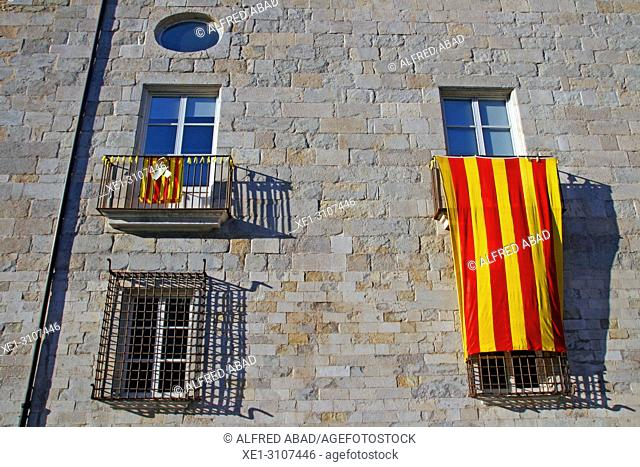 balcony with Catalan flag, old hospital of Santa Caterina, Girona, Catalonia, Spain