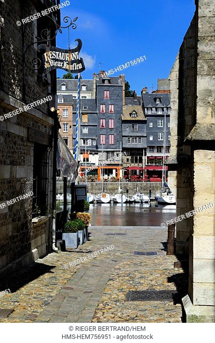 France, Calvados, Honfleur, the Vieux Bassin Old Basin, Sainte Catherine quay seen from the Saint Etienne quay