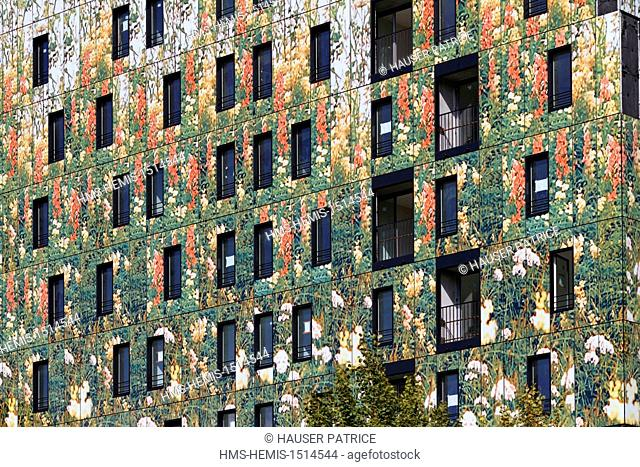 France, Nord, Lille, France, Nord, Lille, ZAC Euralille 2, le Bois Habite area, building designed by Dominique Perrault