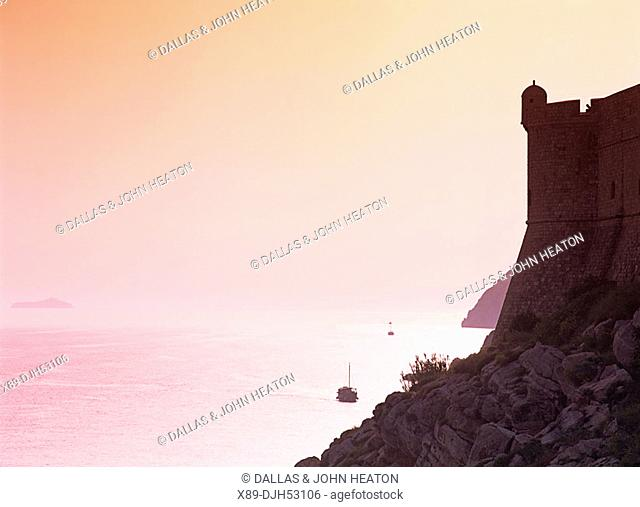 Croatia, Dubrovnik, Old Town, City Wall, Adriatic sea, Sunset