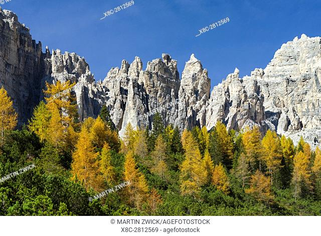 Peaks of the southern Civetta mountain range rising over Val dei Cantoni, in the dolomites of the Veneto. The Dolomites of the Veneto are part of the UNESCO...