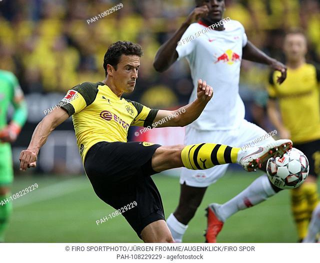 firo: 26.08.2018, football, 1.Bundesliga, season 2018/2019, BVB Borussia Dortmund 09 - RB Leipzig Thomas Delaney | usage worldwide