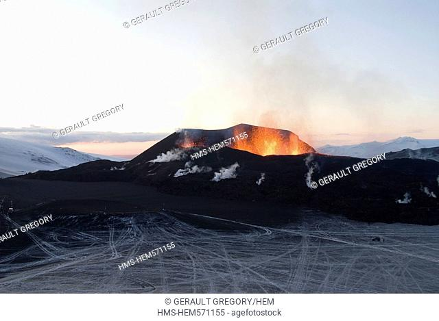 Iceland, Sudurland Region, Fimmvorduhals Volcano, volcanic eruption between the Glacier Eyjafjallajokull and the Glacier Myrdalsjokull in March 2011