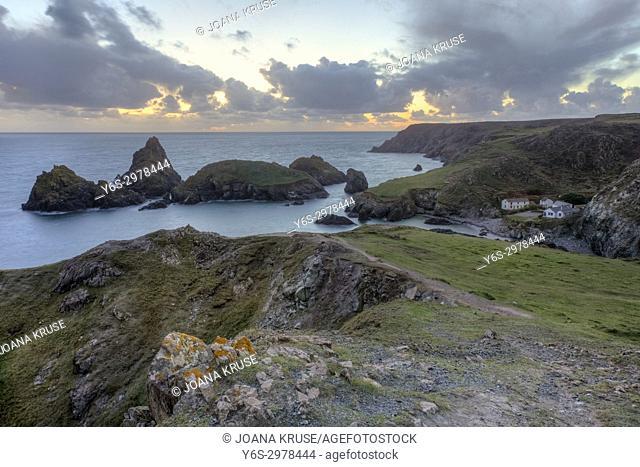 Kynance Cove, Lizard Peninsula, Cornwall, England, UK