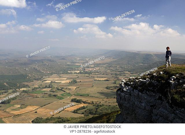 Valley of Valderredible seen from the Mirador de Valcabado. Páramo of the Valdavia. The Las Loras World Geopark. Covalagua Natural Space. Palencia
