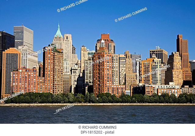 West side of Lower Manhattan and Hudson River, New York City, New York, USA