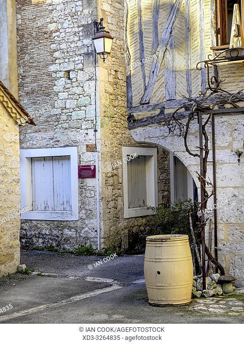Place du Bari Paliou, Issigeac, Dordogne Department, Nouvelle Aquitaine, France