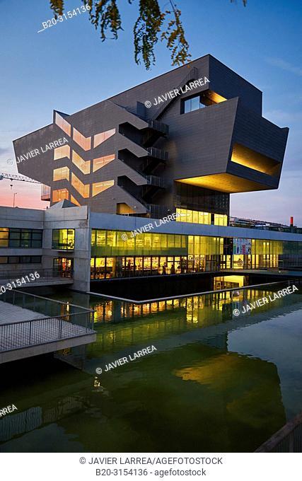Design Museum of Barcelona, Plaça de les Glòries, Barcelona, Catalunya, Spain, Europe