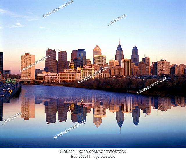 River Schuylkill, Downtown Skyline, Philadelphia, Pennsylvania, Usa