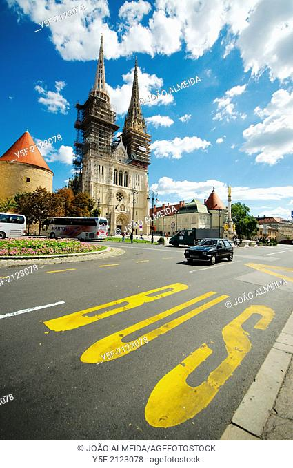 Facade of Zagreb Cathedral, and street outside