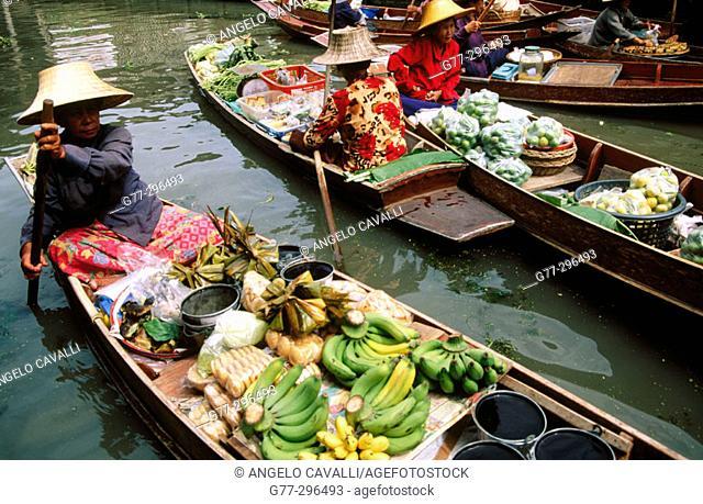 Damnoen Saduak Floating Market. Bangkok. Thailand