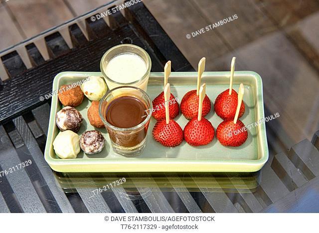 strawberries with chocolate sauce and vanilla cream