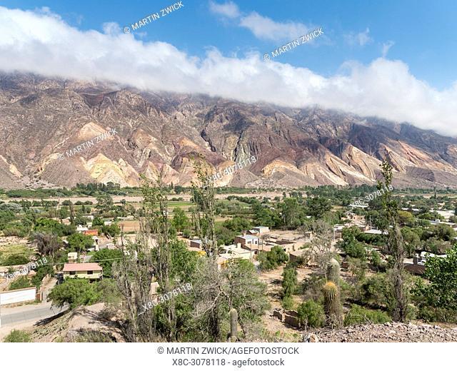 Iconic landmark, the rock formation La Paleta del Pintor, near the village Maimara in the canyon Quebrada de Humahuaca. The Quebrada is listed as UNESCO world...