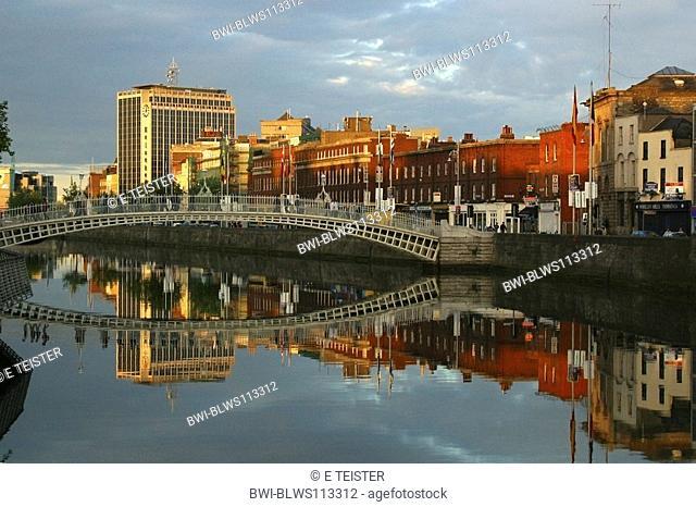 Ha'penny Bridge, Ireland, Dublin