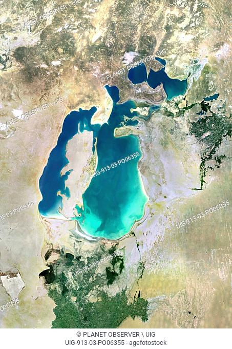 Colour satellite image of the Aral Sea. Image taken in 2000