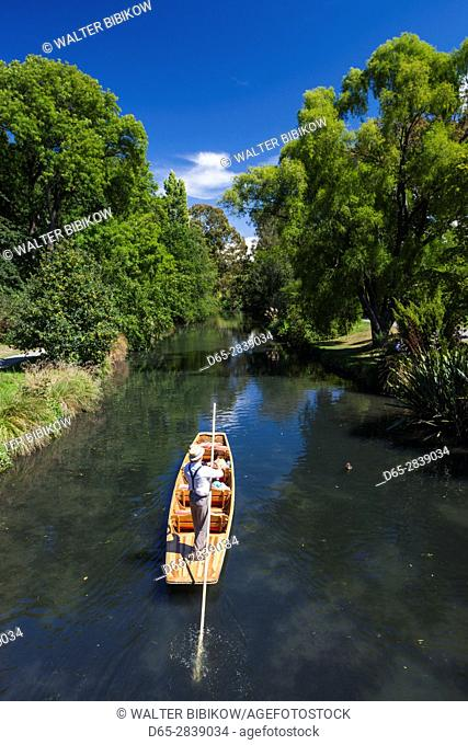 New Zealand, South Island, Christchurch, punting on the Avon River