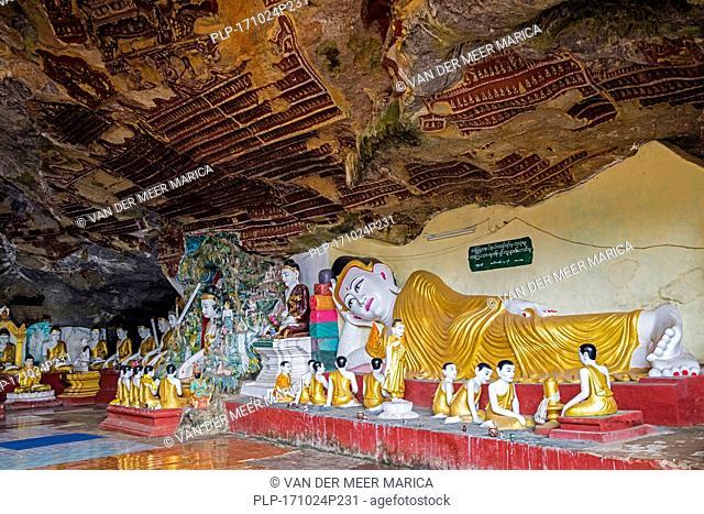 Buddha statues in the Kawgun cave near Hpa-an, Kayin State / Karen State, Myanmar / Burma