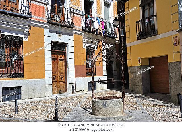 Pozo Amargo Square, Toledo, Spain