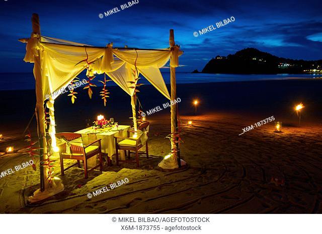 Romantic dinner  Ao kantiang  Ko Lanta island  Krabi province, Thailand