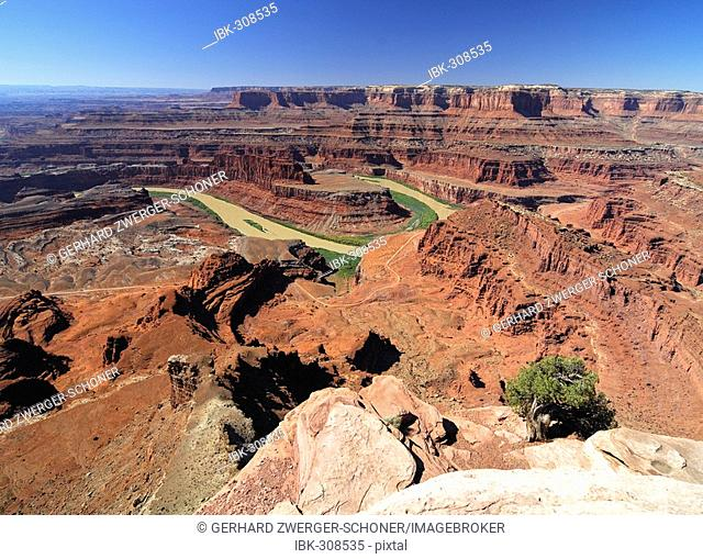View from the Dead Horse Point State Park on the Colorado River, Utah, USA