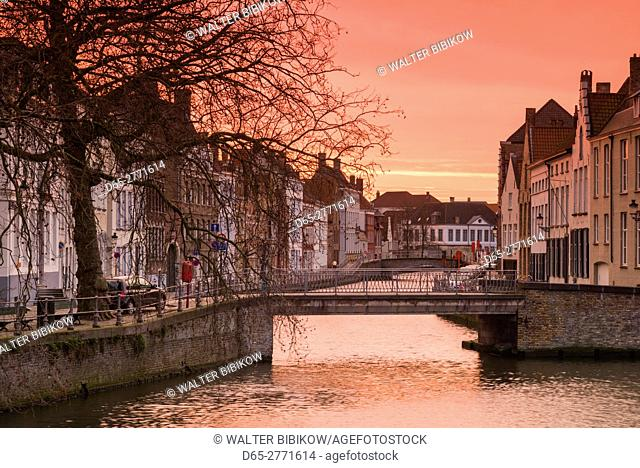 Belgium, Bruges, canal side buildings, dawn