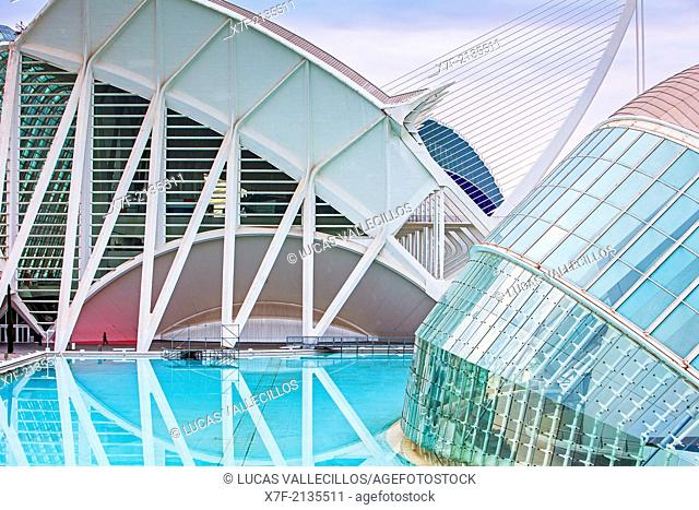 The Hemisferic and Museu de les Ciencies Principe Felipe, in City of Arts and Sciences. Valencia, Spain