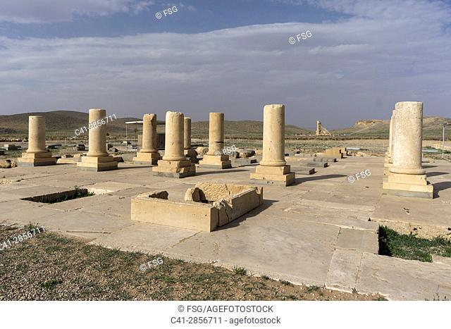 Thomb of Cyros The Great. Passagarda. Iran