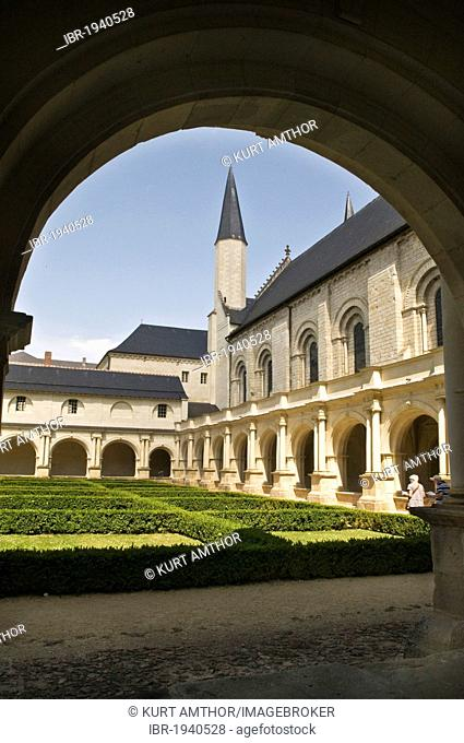 Church and medieval cloister of the Abbaye de Fontevraud abbey, Aquitaine Romanesque, built from 1105 to 1160, Fontevraud-l?Abbaye, Loire Valley near Saumur